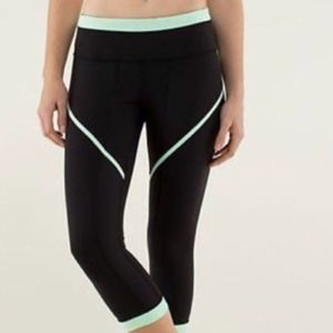 Lululemon Roll Out Crops In Black and Mint Green
